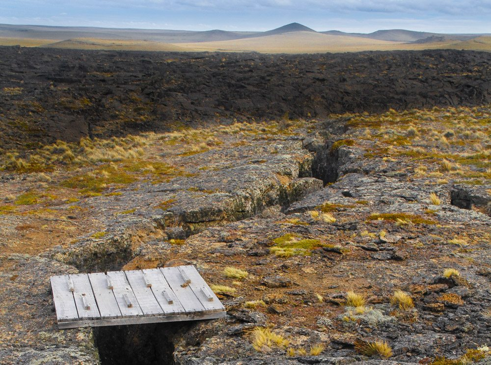 paths-pali-aike-national-park