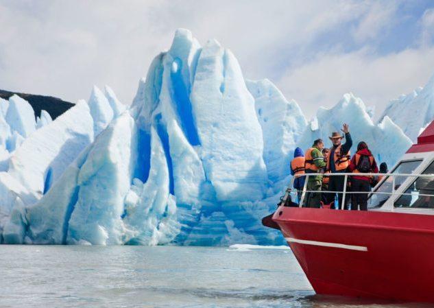 Navegación Lago y Glaciar Grey